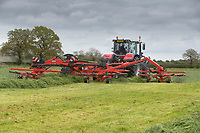 14-5-2021 Contractors rowing up  grass silage in the Vale Of Belvior in Leicestershire <br /> ©Tim Scrivener Photographer 07850 303986<br />      ....Covering Agriculture In The UK....