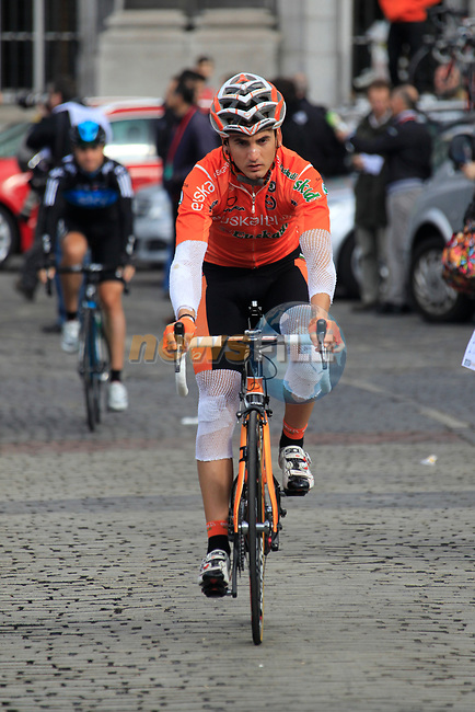 A heavily bandaged Gorka Izaguirre Insausti (ESP) Euskaltel-Euskadi makes his way to sign on before the start of the 98th edition of Liege-Bastogne-Liege outside the Palais des Princes-Eveques, running 257.5km from Liege to Ans, Belgium. 22nd April 2012.  <br /> (Photo by Eoin Clarke/NEWSFILE).