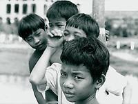 Kinder in Vietnam 1991