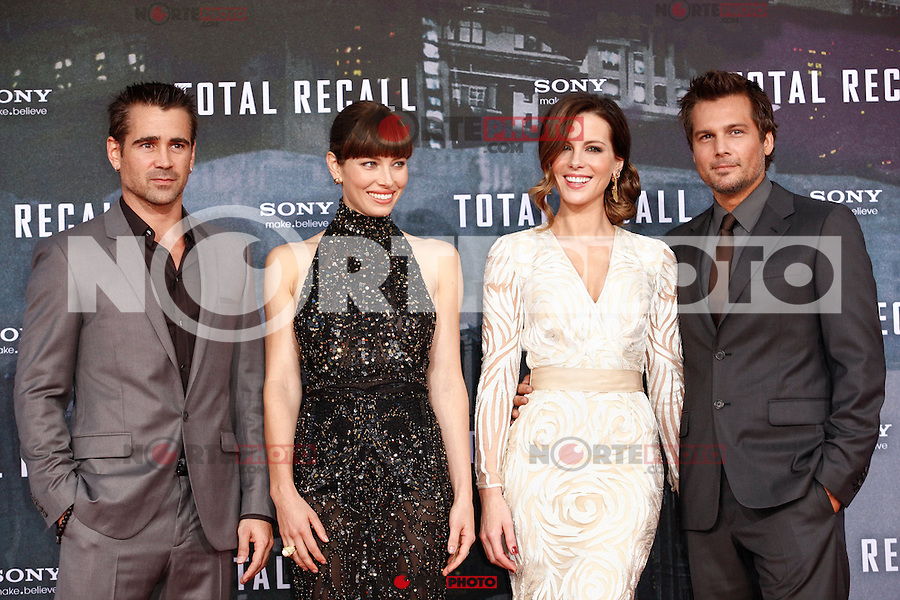 """Actor Colin Farrell actress Kate Beckinsale actress Jessica Biel and director Len Wiseman attending the germany premiere of the movie """"TOTAL RECALL"""" at CineStar Sony Center in Berlin, Germany, 13.08.2012...Credit: Tomasz Poslada/face to face /MediaPunch Inc. ***FOR USA ONLY*** ***Online Only for USA Weekly Print Magazines*** /NortePhoto.com*<br /> <br /> **CREDITO*OBLIGATORIO** <br /> *No*Venta*A*Terceros*<br /> *No*Sale*So*third*<br /> *** No Se Permite Hacer Archivo**"""