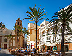 Spanien, Andalusien, Cádiz: Cafes auf der Plaza de la Catedral | Spain, Andalusia, Cádiz: Cafes at Plaza de la Catedral