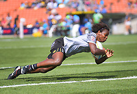 Fiji's Raijieli Daveua scores duirng the women's pool match against New Zealand during day two of the 2020 HSBC World Sevens Series Hamilton at FMG Stadium in Hamilton, New Zealand on Sunday, 26 January 2020. Photo: Dave Lintott / lintottphoto.co.nz