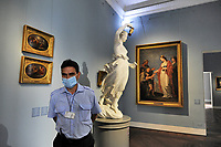 - Milano, maggio 2020, riapertura dei musei civici con tutte le misure di sicurezza dopo due mesi di blocco per l'epidemia di Coronavirus; GAM, Galleria di Arte Moderna<br />
