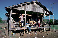 Russellville, AR. December, 1980. <br /> America severely marked by the recession. Samy Grow and his family. Without regular work, Samy ekes out an existence as a logger.