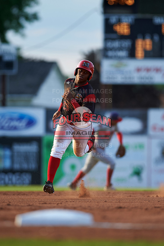 Batavia Muckdogs designated hitter Terry Bennett (33) running the bases during a game against the Auburn Doubledays on June 19, 2017 at Dwyer Stadium in Batavia, New York.  Batavia defeated Auburn 8-2 in both teams opening game of the season.  (Mike Janes/Four Seam Images)