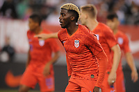 EAST RUTHERFORD, NJ - SEPTEMBER 7: Gyasi Zardes #9 of the United States during the game during a game between Mexico and USMNT at MetLife Stadium on September 6, 2019 in East Rutherford, New Jersey.