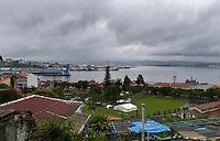 DESTRUCCION A TODA COSTA 2010 (DTC2010) Puerto de Ferrol visto desde A Graña (A Coruña). 10 de Junio 2010. © Pedro Armestre