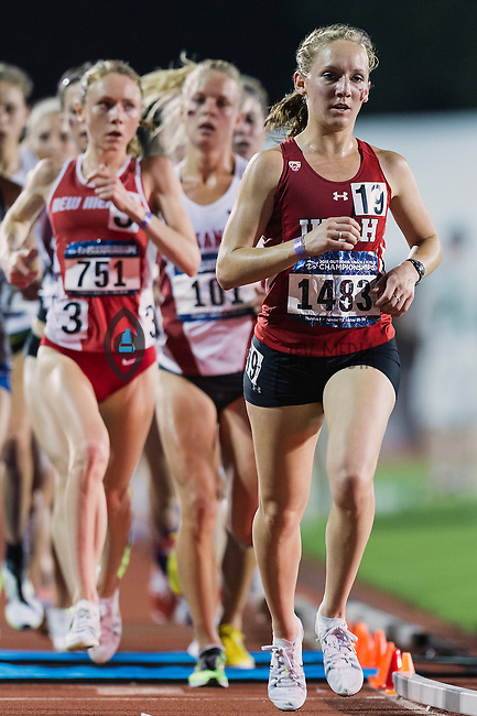 Rebekah Winterton of Utah competes in 10000 meter semifinal during West Preliminary Track and Field Championships, Friday, May 29, 2015 in Austin, Tex. (Mo Khursheed/TFV Media via AP Images)
