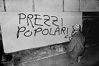 - Milan, mural writings of leftist group Workers Autonomy  (1976) ....- Milano, scritte murali del gruppo di sinistra Autonomia Operaia (1976)