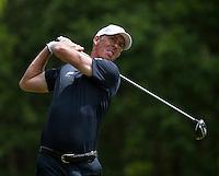 24.05.2015. Wentworth, England. BMW PGA Golf Championship. Final Round. Richard Green [AUS] Tee shot on the 3rd hole during the final round of the 2015 BMW PGA Championship from The West Course Wentworth Golf Club