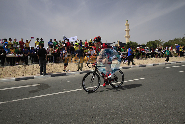 BMC Racing Team rider Taylor Phinney (USA) waves to local school children before the start of the 3rd Stage of the 2012 Tour of Qatar running 146.5km from Dukhan Souq, Dukhan to Al Gharafa, Qatar. 7th February 2012.<br /> (Photo Eoin Clarke/Newsfile)