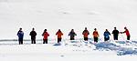 Deutschland, Bayern, Chiemgau, Reit im Winkl: Langlaufskischule - Gruppenunterricht | Germany, Bavaria, Chiemgau, Reit im Winkl: cross-country ski school - group lessons