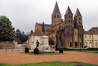 church, Burgundy, France, Paray-le-Monial, Saone-et-Loire, Bourgogne, Europe, wine region, Basilique du Sacre-Coeur in the city of Paray-le-Monial.