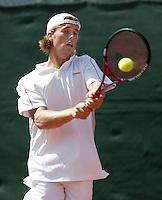 11-7-06,Scheveningen, Siemens Open, rirst round match, Gimeno-Traver