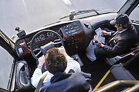 - tour bus drivers....- autisti di un autobus turistico