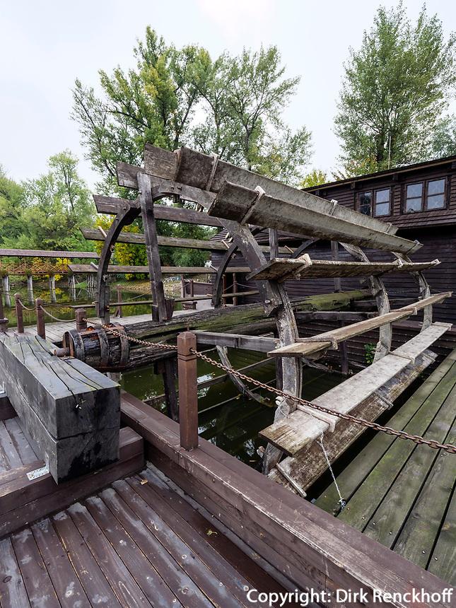 schwimmende Mühle an Totarm der kleinen Donau bei Kolarovo, Nitriansky kraj, Slowakei, Europa<br /> swimming water mill at cutoff of Small Danube River near Kolarovo, Nitriansky kraj, Slovakia Europe