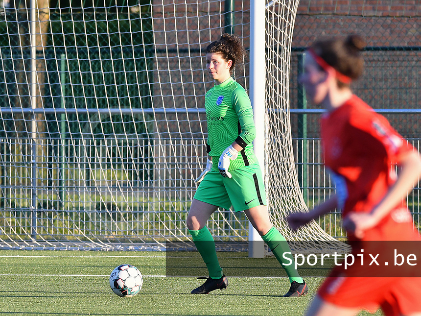 goalkeeper Maren van Wijngaarden (50) of KRC Genk pictured during a female soccer game between  Racing Genk Ladies and White Star Woluwe on the 8 th matchday of play off 2 in the 2020 - 2021 season of Belgian Scooore Womens Super League , tuesday 18 th of May 2021  in Genk , Belgium . PHOTO SPORTPIX.BE | SPP | JILL DELSAUX