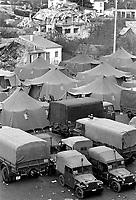 - terremoto in Irpinia (novembre 1980), tendopoli militare aSant'Angelo dei Lombardi<br /> <br /> - earthquake in Irpinia (November 1980), military  tent camp in Sant'Angelo dei Lombardi