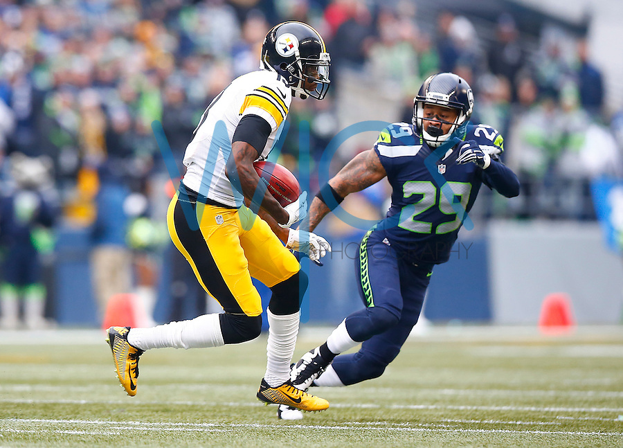 Jacoby Jones #13 of the Pittsburgh Steelers in action against the Seattle Seahawks during the game at CenturyLink Field on November 29, 2015 in Seattle, Washington. (Photo by Jared Wickerham/DKPittsburghSports)