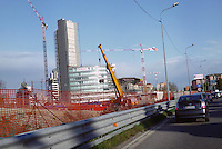 - entry in Milan from the North highways, building yard for the new World Jewellery Centre....- ingresso a Milano dalle autostrade Nord, cantiere edile per il nuovo World Jewellery Centre