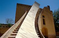 Observatorium Jantar Mantar erbaut 1728 von Jai Singh, Jaipur (Rajasthan), Indien, Unesco-Weltkulturerbe