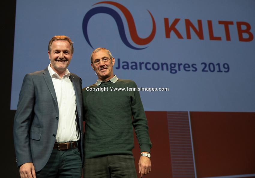 Nieuwegein, Netherlands, November 23,  2019, MBC Congrescentrum, KNLTB Year Congres , Tjerk Bogtstra and Rinus van Leeuwen (R) <br /> Photo: Tennisimages/Henk Koster