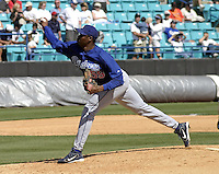 April 1, 2004:  Pitcher Guillermo Mota of the Los Angeles Dodgers organization during Spring Training at Space Coast Stadium in Melbourne, FL.  Photo copyright Mike Janes/Four Seam Images