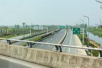 Yangzhou, Jiangsu, China.  Divided Highway between Yangzhou and Runyang Yangtze River Bridge.