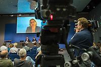 """Pressekonferenz der Bundesministerin fuer Umwelt, Naturschutz und nukleare Sicherheit, Svenja Schulze (SPD) zum Sonderbericht """"Klimawandel und Landsysteme"""" des Weltklimarat IPCC am Donnerstag den 8. August 2019 in Berlin. Die Ministerin war per Livestream aus dem Ruhrgebiet der Pressekonferenz zugeschaltet.<br /> 8.8.2019, Berlin<br /> Copyright: Christian-Ditsch.de<br /> [Inhaltsveraendernde Manipulation des Fotos nur nach ausdruecklicher Genehmigung des Fotografen. Vereinbarungen ueber Abtretung von Persoenlichkeitsrechten/Model Release der abgebildeten Person/Personen liegen nicht vor. NO MODEL RELEASE! Nur fuer Redaktionelle Zwecke. Don't publish without copyright Christian-Ditsch.de, Veroeffentlichung nur mit Fotografennennung, sowie gegen Honorar, MwSt. und Beleg. Konto: I N G - D i B a, IBAN DE58500105175400192269, BIC INGDDEFFXXX, Kontakt: post@christian-ditsch.de<br /> Bei der Bearbeitung der Dateiinformationen darf die Urheberkennzeichnung in den EXIF- und  IPTC-Daten nicht entfernt werden, diese sind in digitalen Medien nach §95c UrhG rechtlich geschuetzt. Der Urhebervermerk wird gemaess §13 UrhG verlangt.]"""