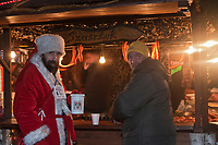 Europe/Voïvodie de Petite-Pologne/Cracovie:  Marché de Noël sur la Place du Marché: Rynek