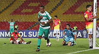 BOGOTÁ - COLOMBIA, 22-05-2019:Carlos Peralta jugador de La Equidad de Colombia celebra después de anotar un gol al Deportivo Santani del Paraguay durante partido por la Copa Sudamericana 2019 jugado en el estadio Nemesio Camacho El Campín de la ciudad de Bogotá. /Carlos Peralta player of La Equidad of Colombia celebrates after scoring a goal agaisnt of Deportivo  Santani of Paraguay during the match for Sudamericana Cup 2019 played at the Nemesio Camacho El Campln stadium in Bogota city. Photo: VizzorImage / Felipe Caicedo / Staff.