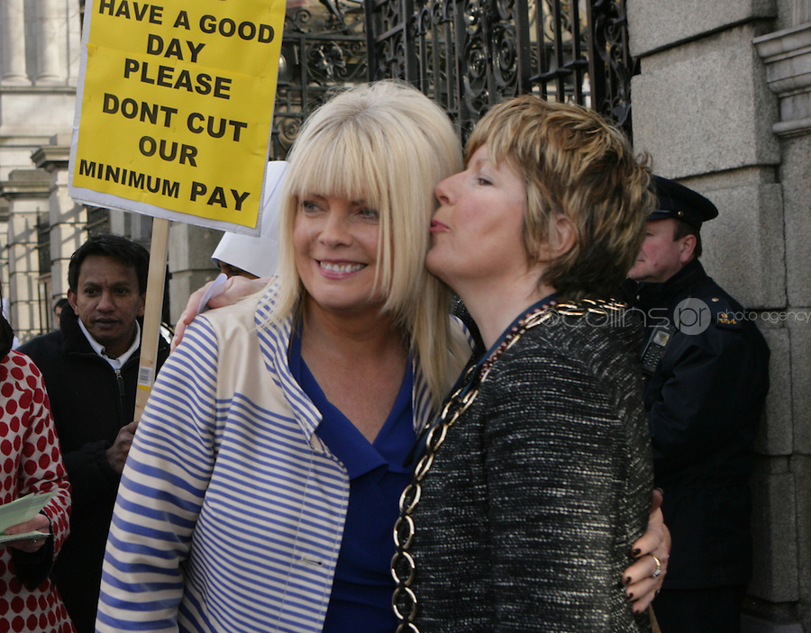 09/03/2011.Fine Gael TD Mary Mitchell O' Conor with sister Therese O' Connor.during the 1st day of the 31st Dail.at Leinster House,  Dublin..Photo: Gareth Chaney Collins
