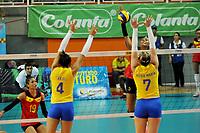 CALI -COLOMBIA-19-08-2017. Colombia (COL) y Brasil (BRA) disputan las final del Campeonato Sudamericano de Voleibol Femenino realizado en el Coliseo Evangelista Mora en la ciudad de Cali, Colombia. / Colombia (COL) and Brazil (BRA) play the final of the Women's South American Volleyball Championship, Cali 2017 that be held at Evangelista Mora Coliseum in Cali,  Colombia.  Photo: VizzorImage / Nelson Rios / Cont