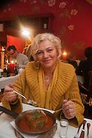 Europe/Voïvodie de Petite-Pologne/ Cracovie:   Mme Elzbieta Tomczyk-Miczka, auteur du livre consacré à la cuisine régionale de Malopolska, au restaurant: Miod Malina
