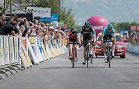 Jakob Fuglsang (DEN/Astana) wins the stage by the smallest margin ahead of GC contenders Richie Porte (AUS/BMC) & Chris Froome (GBR/SKY)<br /> <br /> Stage 6: Le parc des oiseaux/Villars-Les-Dombes › La Motte-Servolex (147km)<br /> 69th Critérium du Dauphiné 2017