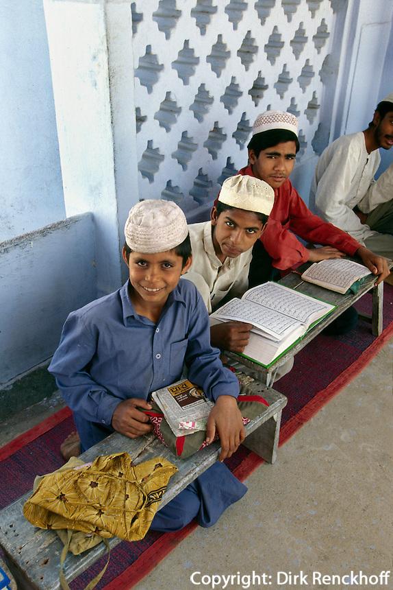 Indien, Tonk (Rajasthan), Koranschule in der Moschee