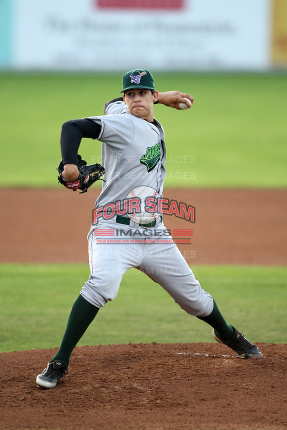 September 5, 2009:  Starting Pitcher Edgar Olmos (37) of the Jamestown Jammers delivers a pitch during a game at Dwyer Stadium in Batavia, NY.  The Jammers are the NY-Penn League Short-Season Class-A affiliate of the Florida Marlins.  Photo By Mike Janes/Four Seam Images
