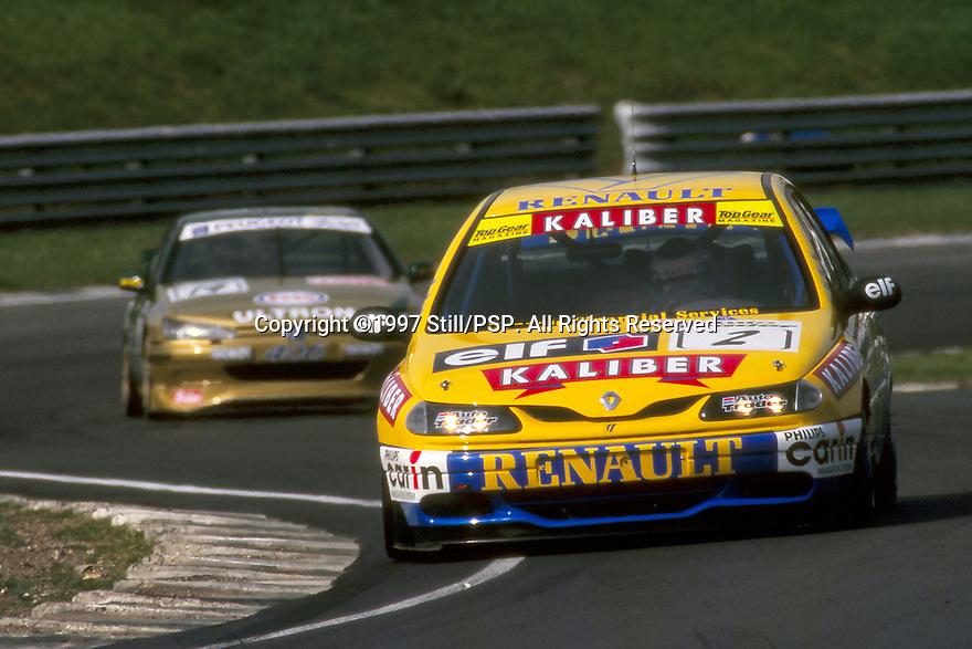 1997 British Touring Car Championship. #2 Alain Menu (CHE). Williams Renault Dealer Racing. Renault Laguna.