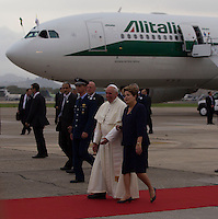 Pope Francis arrive to Rio de Janeiro, Brazil, in an airplane of Alitalia to head the Youth Congress, in the first international travel of Cardinal Jorge Bergoglio since named Pope. Received by Brazilian President Dilma Rousseff