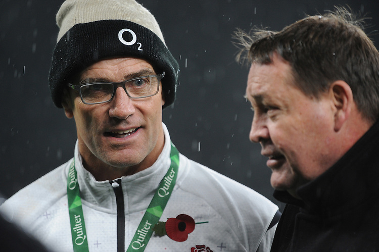 John Mitchell, England Defence Coach, talks to Steve Hansen, New Zealand Coach, after the Quilter International match between England and New Zealand at Twickenham Stadium on Saturday 10th November 2018 (Photo by Rob Munro/Stewart Communications)