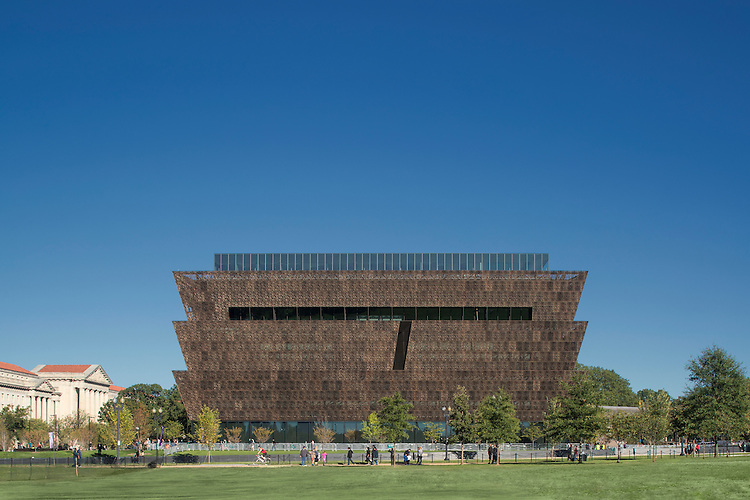 Smithsonian National Museum of African American History and Culture | Project Team: David Adjaye, SmithGroupJJR, and Clark/Smoot/Russell A Joint Venture