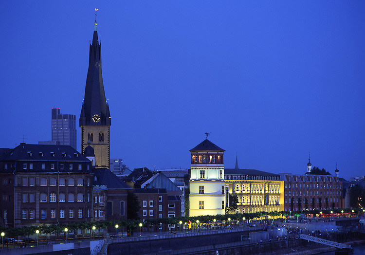 Europe, DEU, Germany, North Rhine Westphalia, Rhineland, Lower Rhine, Dusseldorf, Typical view at the Old Town, Lambertuschurch and Castle tower, Twilight....[ For each utilisation of my images my General Terms and Conditions are mandatory. Usage only against use message and proof. Download of my General Terms and Conditions under http://www.image-box.com or ask for sending. A clearance before usage is necessary...Material is subject to royalties. Each utilisation of my images is subject to a fee in accordance to the present valid MFM-List...Contact | archive@image-box.com | www.image-box.com ]