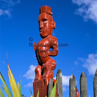 New Zealand, Maori Carving | Neuseeland, Maori Holzschnitzerei