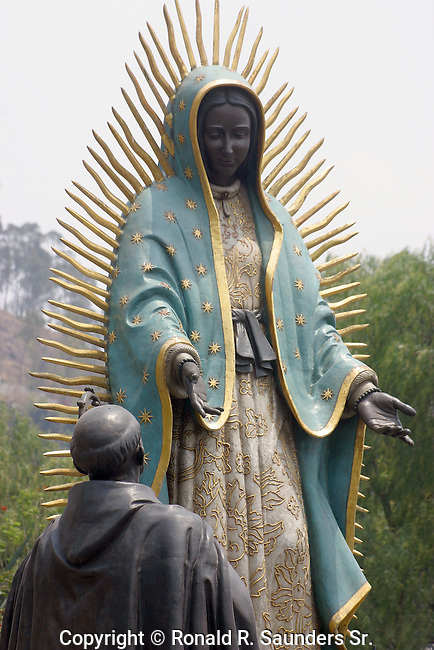 (LIFESIZE SCULPTURES) STATUE DEPICTING A DEVOTEE HUMBLY GIVING OFFERINGS to the VIRGIN MARY on TEPEYEC HILL (1)<br /> <br /> Basilica of Our Lady of Guadalupe