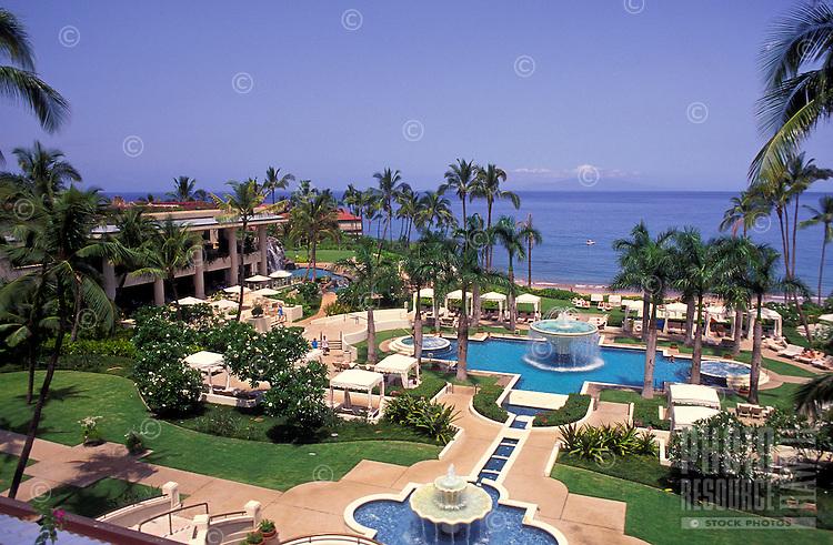 Four Seasons hotel and swimming pool, Wailea beach, Maui