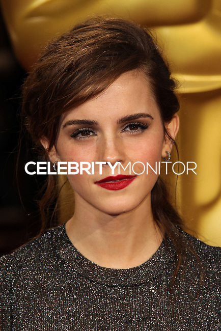 HOLLYWOOD, CA, USA - MARCH 02: Emma Watson at the 86th Annual Academy Awards held at Dolby Theatre on March 2, 2014 in Hollywood, Los Angeles, California, United States. (Photo by Xavier Collin/Celebrity Monitor)