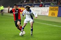Martin Fenin (Eintracht) greift Bernd Korzynietz (Bielefeld) an<br /> Eintracht Frankfurt vs. Arminia Bielefeld, Commerzbank Arena<br /> *** Local Caption *** Foto ist honorarpflichtig! zzgl. gesetzl. MwSt. Auf Anfrage in hoeherer Qualitaet/Aufloesung. Belegexemplar an: Marc Schueler, Am Ziegelfalltor 4, 64625 Bensheim, Tel. +49 (0) 6251 86 96 134, www.gameday-mediaservices.de. Email: marc.schueler@gameday-mediaservices.de, Bankverbindung: Volksbank Bergstrasse, Kto.: 151297, BLZ: 50960101