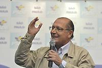 SÃO PAULO, 03 DE DEZEMBRO DE 2011 - PRÉ CANDIDATOS DO PSDB - Governado do Estado de São Paulo, Geraldo Alckmin esteve presente em um encontro com a juventude do PSDB, realizado na tarde deste sabado no diretório do partido em Moema, zona sul de São Paulo. FOTO: LEVI BIANCO - NEWS FREE.