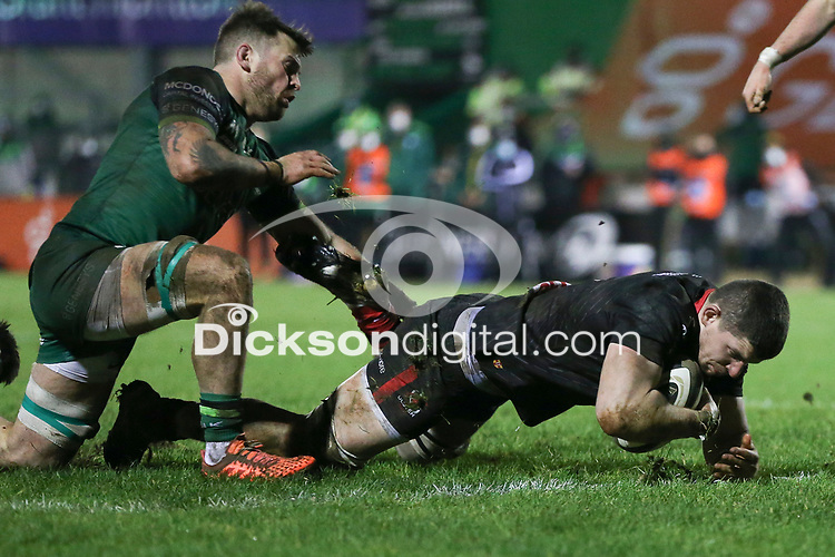 27th December 2020   Connacht  vs Ulster <br /> <br /> Nick Timoney scores Ulster's second try during the Guinness PRO14 match between Connacht and Ulster at The Sportsground in Galway.Ireland. Photo by John Dickson/Dicksondigital