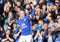 Pictured: Steven Naismith of Everton celebrating his goal, making the score 2-1 to his team.  Sunday 16 February 2014<br /> Re: FA Cup, Everton v Swansea City FC at Goodison Park, Liverpool, UK.